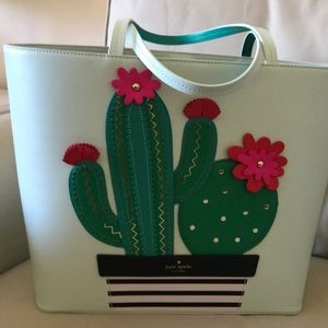Lime green Kate Spade summer tote. Never used